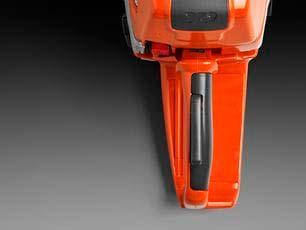 Motosierra a gasolina Husqvarna 572 XP - Incrustación de goma para un agarre más cómodo y seguro