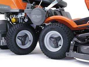 Rider Cortacésped Husqvarna P525D - Cuatro grandes ruedas