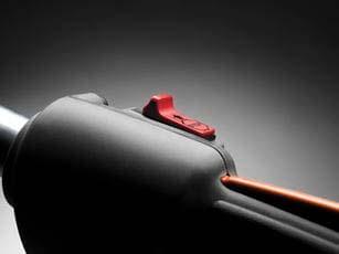 Soplador a gasolina Husqvarna 525BX - Interruptor de parada con autoretorno