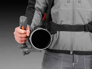 Soplador a gasolina Husqvarna 580BTS - Utilice toda la fuerza del golpe con una tensión mínima del brazo