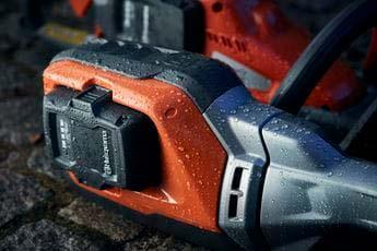 Soplador a batería Husqvarna 530iBX - Estanca al agua (IPX4)